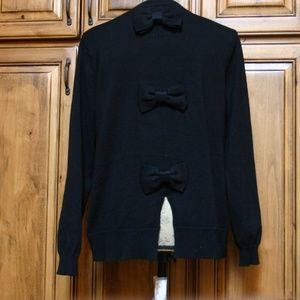 Black Sweater - Bow Detail Back